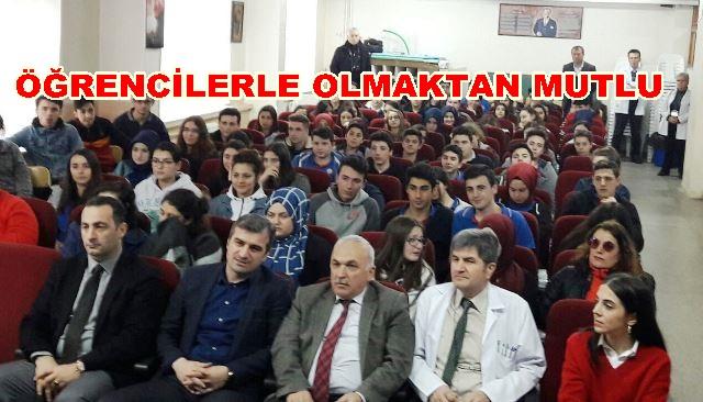 Barbaros Anadolu'da Kariyer Günlerine Katılan BAŞKAN YEMENİCİ'DEN GENÇLERE SİYASETE GİRİN ÖNERİSİ