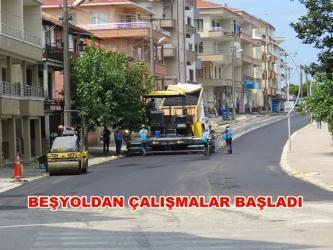 İSTANBUL CADDESİ ASFALT KAPLANIYOR