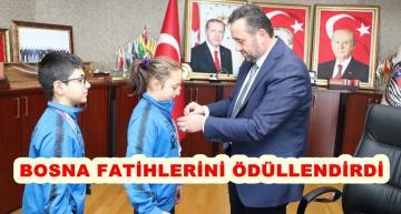 BAŞKAN YANMAZ'DAN ŞAMPİYONLARA ALTIN